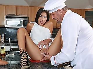 Thanksgivning Pussy With Zaya Cassidy