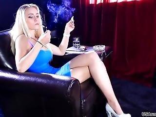 Mayze Loves To Smoke. She Feels Very Sexy When She Smokes. (1)