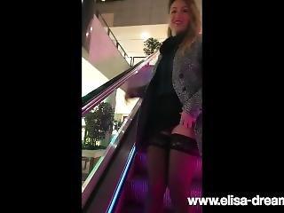 Flashing My Body In Public In A Restaurant