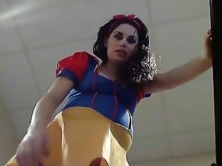 Pregnant Snow White