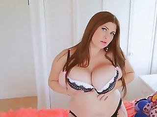 Beauty Chubby Girl With Big Natural Boobs Plays