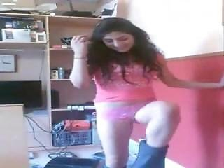 Hot Indian Sexy Chick Striptease On Cam