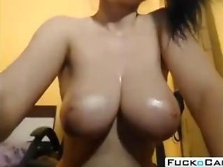 Hot Big Boobies Brunnete Slutty Strips On Webcam