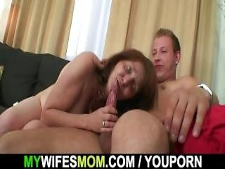 Horny Son In Law Bangs Busty Granny After Shower
