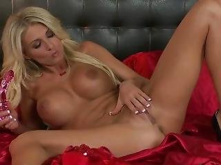 Video #318 Alicia Secrets Is Waiting For You In Her Bed For Valentines Day