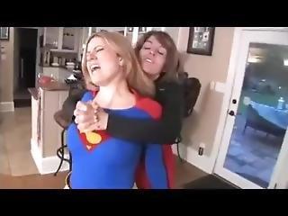 Supergirl Vs Super Villain