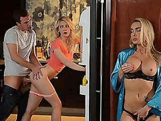 Slutty Stepmom Wants Some Meat Of Hot Teens Boyfriend