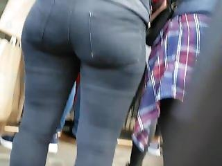 Candid Pawg Round Ass Bubble Butt Booty Voyeur London Ep1