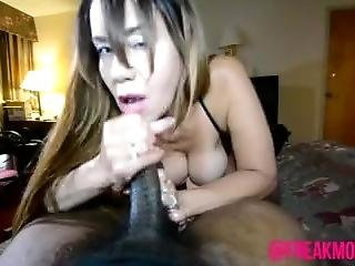 Columbian Milf Swallows Black Cock(preview)