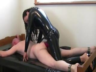My Dominatrix Uses The Biggest She Has