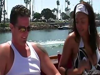 blowjob, båd, brunette, par, deepthroat, udlænding, hardcore, interracial, oral, udendøres, smuk, slut, ludder, yacht