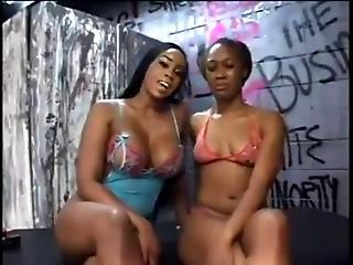 Sexy Ebony Lesbians 19 By Twistedworlds?s=7