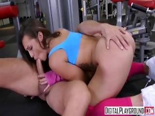 Digitalplayground Gym Fails Flx Kelsi Monroe