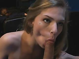 Sydney Cole Gets Pussy Speared After Giving Great Blowjob