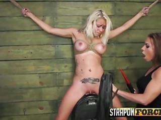 μαύρο λεσβιακό BDSM πορνό