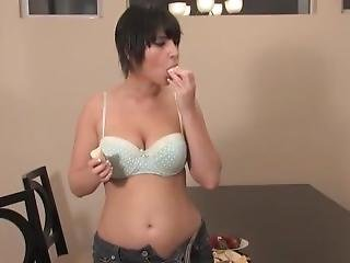 Amelia Belly Stuffing