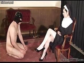 aziatisch, bdsm, dominantie, op gezicht zitten, femdom, voet, japaans, zus, slaaf, aanbidden