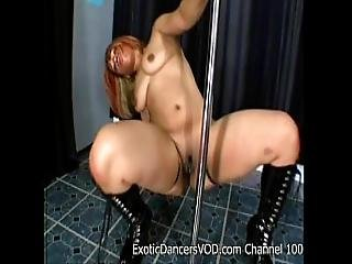 Stripper Alizay Shakes Her Big Ass