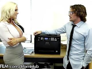 duże cycki, blondynka, hardcore, milf, biuro, gwiazda porno