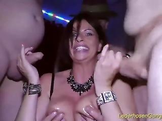 Banging, Rondbostig, Extreem, Gangbang, Duits, Milf, Ruw, Sex