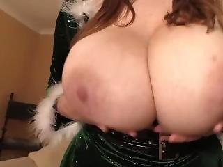 stort bryst, britisk, alene, juleaften