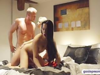 Uma Sex Caught Teen Girl Sucks Off Dick
