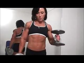 Karolina Workout And Posing