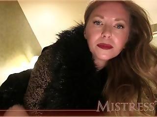 stortuttad, slyna, blondin, fetish, milf, modell, pov, solo, toalett