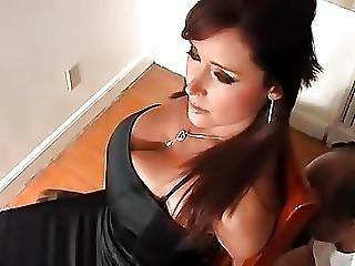 Bondage, δεμένη