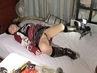 Japanese Darling, Momo Sakata Got Fucked While Sleeping