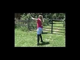 Mistress Bullwhipping