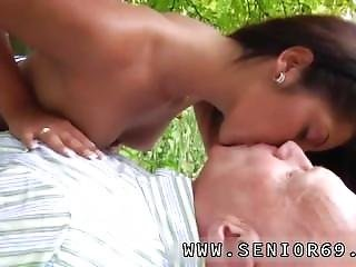 Old Man Abuse Teen Anal And Best-cumshots-2015 Vivien Meets Hugo In The