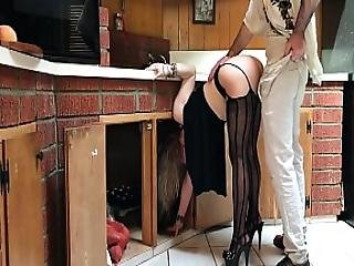 Milf Stuck In The Kitchen Fucked By Neighbor