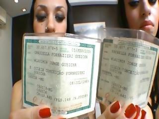 Twins Rafaella And Graziella Gueicha