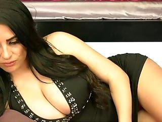 Zoe Stollery Must See