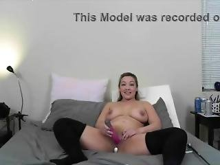 Open Minded Blonde Milf With Hot Curves Uses Vibrator