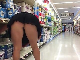 Milf Grocery Store Miniskirt Flashing
