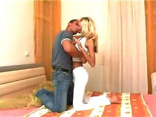 Hot Babe Nikki Blond At Angel 2 Slut