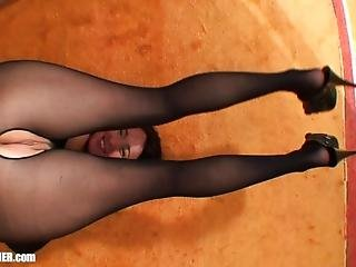 Deep Throat Skin Tight - Real Milf Housewife In Nylons