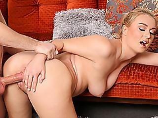 Sweet Natalia Starr Sucking That Meaty Hard Pole