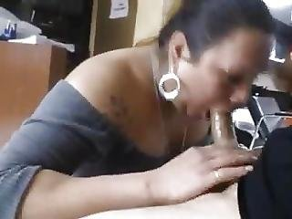 Bbw Latina Milf Sucking In Beauty Shop