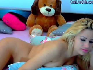 Gorgeous Blonde Masturbating With A Dildo Wmv