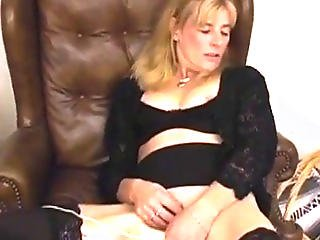 Blonde Milf Playing With Electric Toy