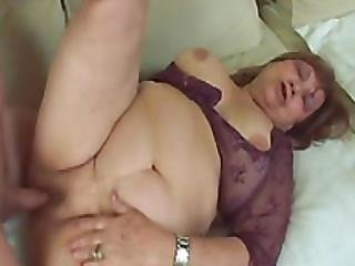 Fat Gilf Dominika Spreads Legs And Gets Wet Pussy Pounded