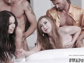 Seks lesbijski klub nocny