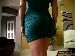 Charlotte Vale Isn T Taking Her Dress Off