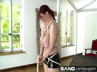 Bang Com Sexy Sluts Blindfolded And Begging