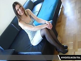 Check Out Hot Dating Girl Hooker Giving Sweet Blowjob From White Tourist Inside The Hotel Room