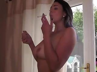 μελαχροινή, κάπνισμα, σόλο