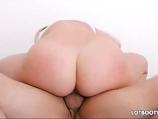 Horny Blonde Fat Ass Step Sister Mia Malkova